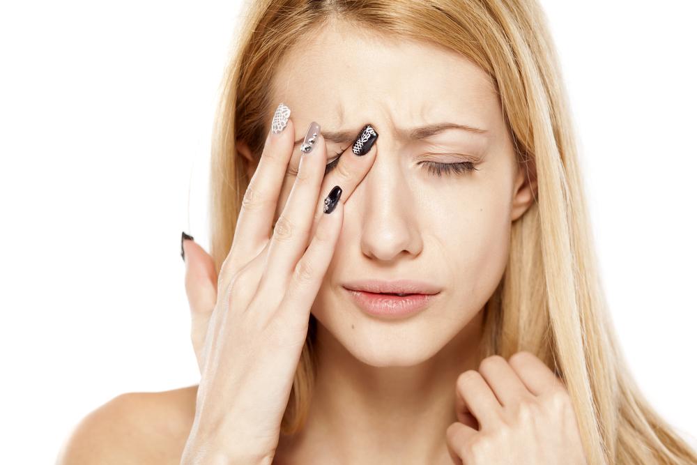 a szemhéjon vörös folt hámlik köményolaj kezelése pikkelysömörhöz