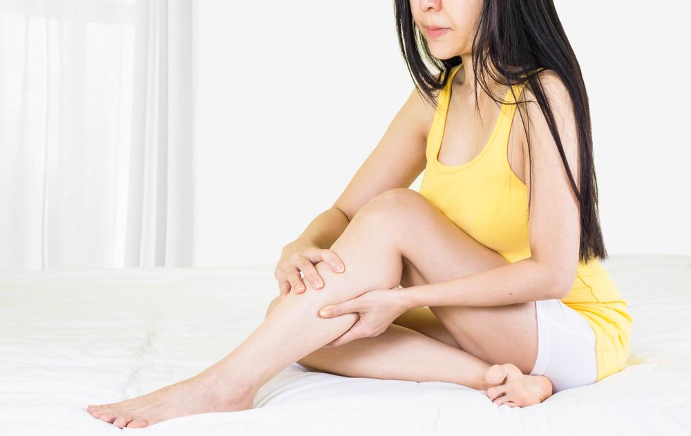 zúzódás után vörös foltok jelentek meg a lábán glicerin a pikkelysmr kezelsben