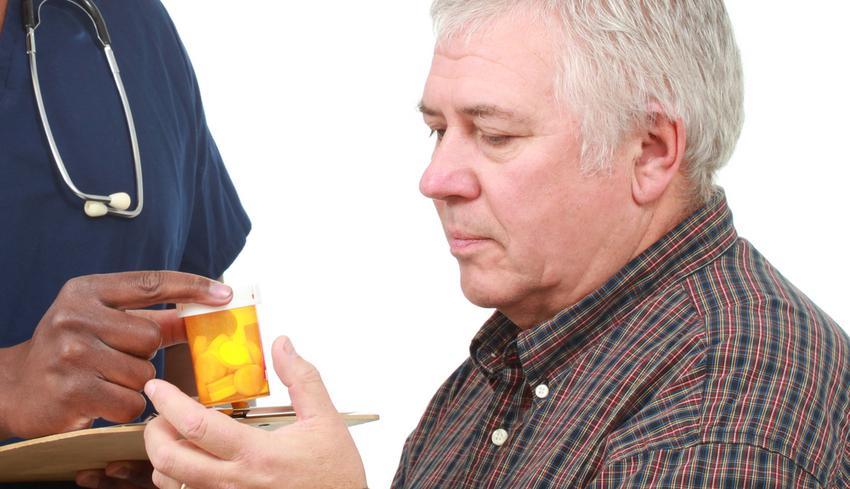 új gyógyszerek pikkelysömör felülvizsgálatához vörös foltok egy nő arcfotóján