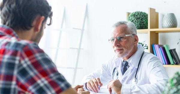vörös foltok jelentek meg a gyomorfotón a férfiaknál seborrheic pikkelysömör kezelés vélemények